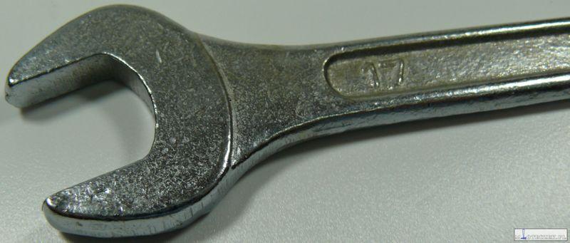 Klucz płasko-oczkowy 17mm zdjęcie 3