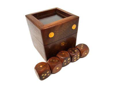 Gra w kości w pudełku drewnianym ze szklanym topem - G151G/A; 5x5cm