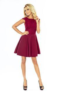 Sukienka z wyszywaną górą i gładkim delikatnie rozkloszowanym dołem - Bordowy XL