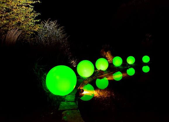 Kula ogrodowa Era 40cm solarna kula dekoracyjna z żywicy poliestrowej zdjęcie 5
