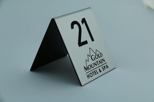 numer numerki na stolik stojak do restauracji rezerwacja na stół na Arena.pl