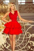 200-4 CHARLOTTE - ekskluzywna sukienka z koronkowym dekoltem - CZERWONA Rozmiar - S
