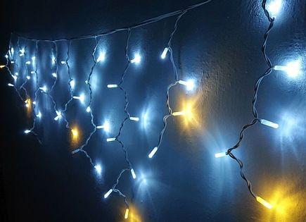 Girlanda 16 białych-zimnych skrzących sopli 3,5m, zewnętrzne lampki choinkowe