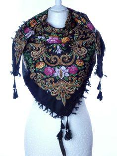 Szal chusta apaszka z frendzami kwiaty ludowa duża