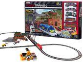Pociąg towarowy z wagonami stacja tory +457 RC0463