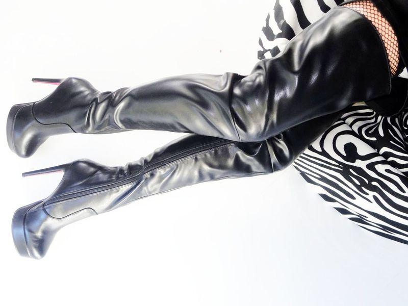 59a3b2aaec2cf Czarne długie kozaki za kolano matowe platforma Rozmiar Buta - 39 zdjęcie 3