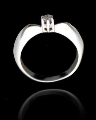 pierścionek rozmiar: 15 ,srebro 925 i cyrkonia zdjęcie 3