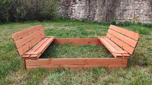 Piaskownica drewniana ze składanymi ławeczkami 150x150 - zmontowana na Arena.pl