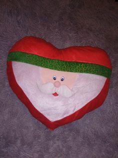 Poduszka Mikołaj w kształcie serduszka