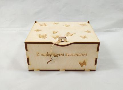 Szkatułka motylki, kuferek, pudełko