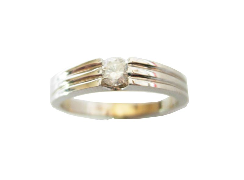 b09461cd5edb3e Piękny złoty pierścionek z brylantem 0.25 ct SI1/H • Arena.pl