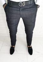 Ciemnoszare wizytowe męskie spodnie slim fit w delikatna czarna krate Diego-1 - 30