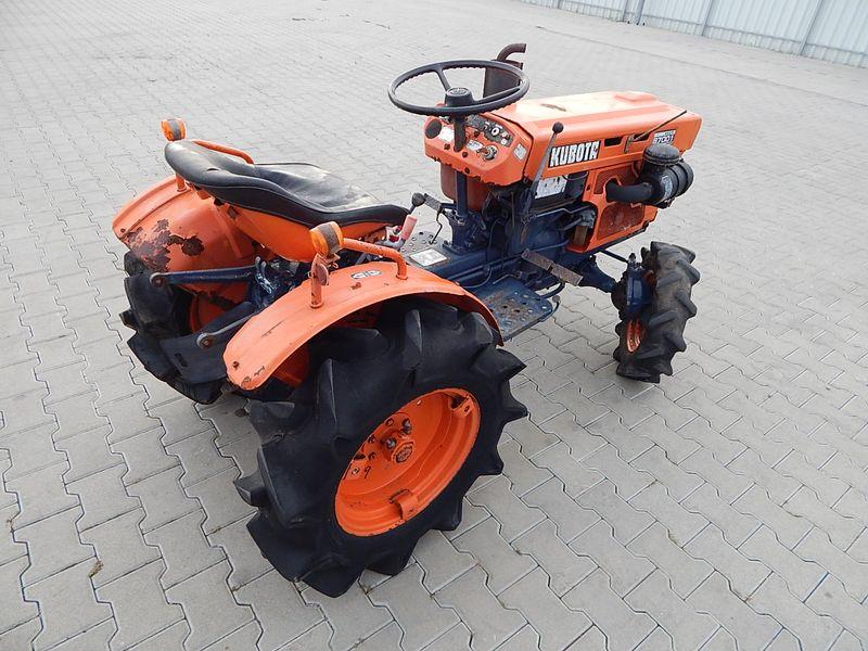 Mini Traktorek Kubota B7001 4WD na Arena.pl