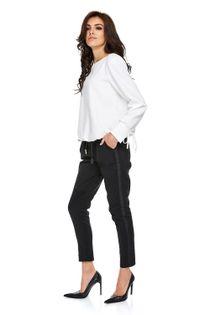 bluzka z bufiastymi rękawami i wiązaniem przy mankietach