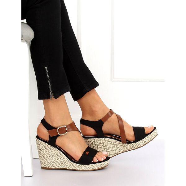 Sandałki na koturnie czarne BL 360 Black r.39