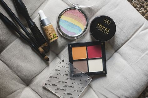 Kurs kurs  kosmetyczny online
