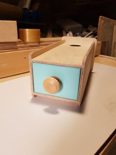 Szuflada z kulką Montessori faktura