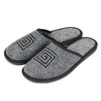 Polskie kapcie z filcu męskie papucie haftowane