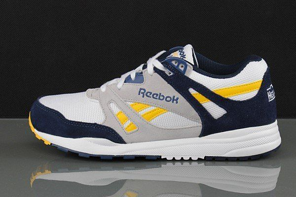 Buty Reebok VENTILATOR ATHLETIC M49269 r.42,0