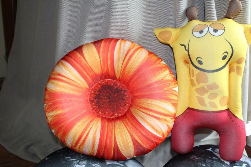 Relaksacyjna poduszka 3D na prezent - Żyrafa zdjęcie 5