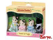 Epoch 5181 Sylvanian tuxedo family cat