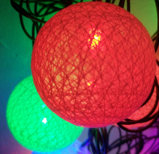 Lampki choinkowe - bawełniane kule 20 lampek, 5 metrów