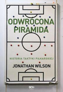 Odwrócona piramida Wilson Jonathan