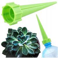 Nawadniacz kwiatów doniczkowych roślin na butelkę