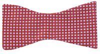 Czerwona mucha wiązana w kwadraty W93