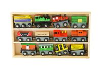 Zestaw pociąg do kolejki lokomotywy wagony drewno