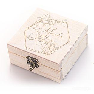 Szkatułka Pudełko na obączki z inicjałami.