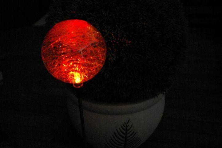Lampa solarna kolorowa LED w kształcie kuli lampki solarne zdjęcie 4