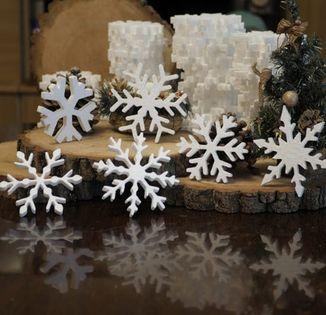 Śnieżynki Gwiazdki Aniołki styropianowe zestaw 72x