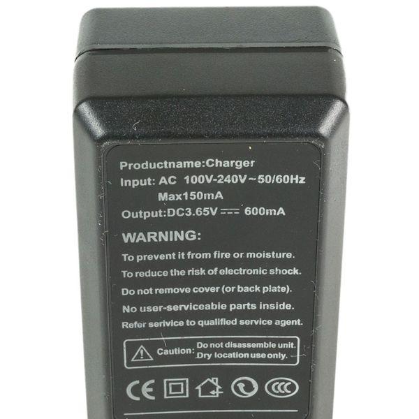 Ładowarka cr123a 3v RCR na 2 baterie akumulatorki czarna nowa 3,7v zdjęcie 4