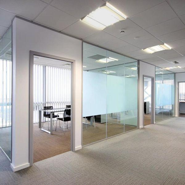 Naklejka na szybę, mrożone szkło (0,9 x 5 m) na Arena.pl