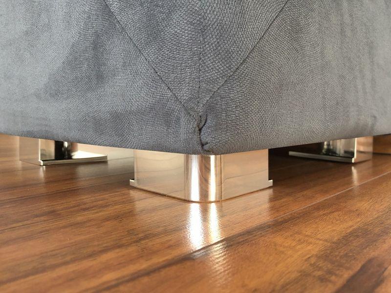Pufa tapicerowana pikowana GLAMOUR szara zdjęcie 5