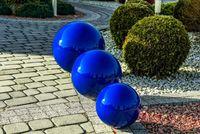 Kula ogrodowa Era 38cm kula dekoracyjna z żywicy poliestrowej Niebieska