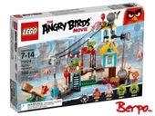 LEGO® 75824 The Angry Birds Movie - Demolka w Pig City