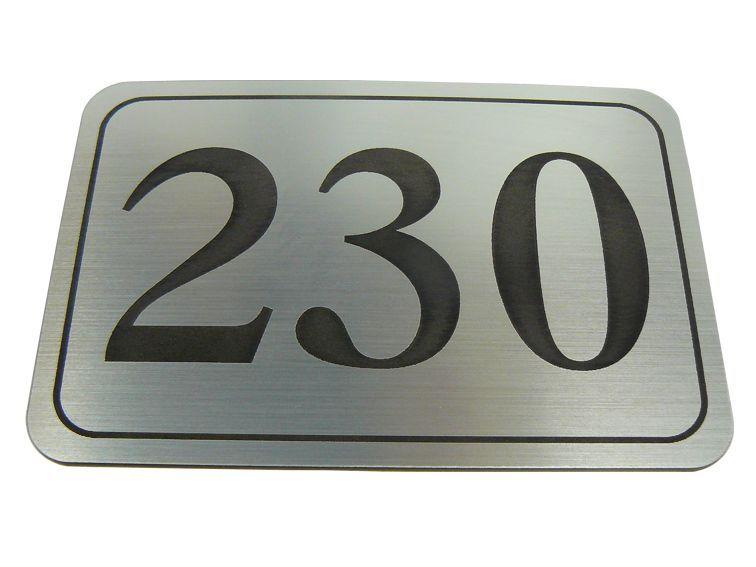 Numer / numerek na drzwi tabliczka grawerowanie na Arena.pl