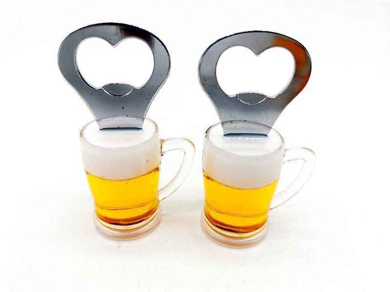 Magnes na lodówkę kufel do piwa z otwieraczem na Arena.pl