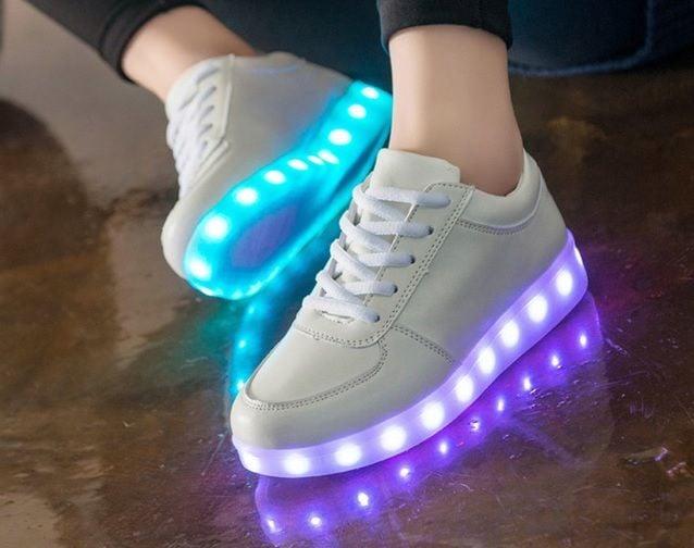 najlepsze buty unikalny design Nowy Jork ŚWIECĄCE BUTY LED SPORTOWE PODŚWIETLANE 38/ 24 cm
