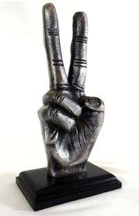 Znak zwycięstwa Victory figurka dekoracyjna - VIC