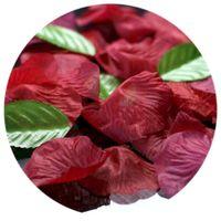 Płatki róż z listkami BORDOWE  w woreczku liście