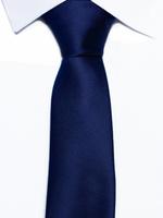 Krawat klasyczny granatowy