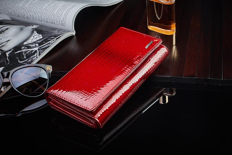 Czerwony skórzany portfel na suwak Zagatto ZG-55288-RS zdjęcie 6