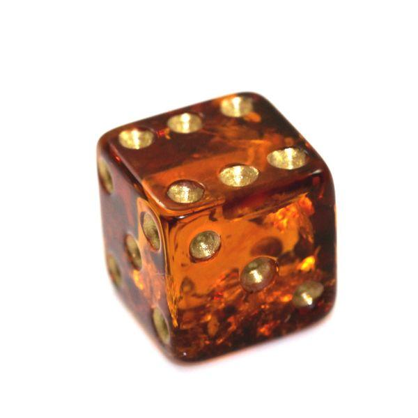 0fdd33d74c7283 Kostka do gry z naturalnego bursztynu, ekskluzywny prezent, gadżet zdjęcie 1