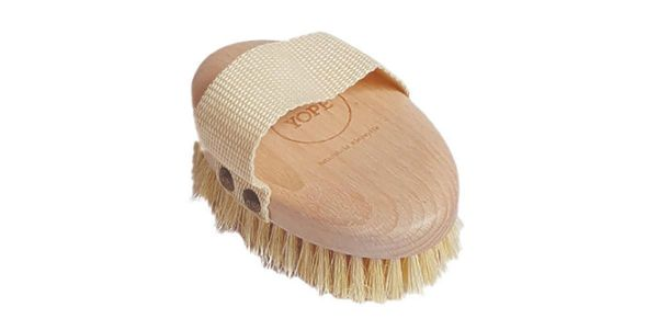 Drewniana szczotka do masażu na sucho