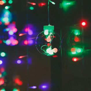 Lampki choinkowe sople durze kule 8cm, 12 sopli z kulami 3,2m 60-90cm