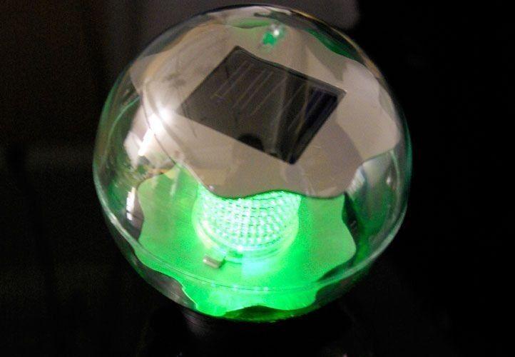 Lampa solarna kolorowa LED, lampion ogrodowy w kształcie kuli zdjęcie 1