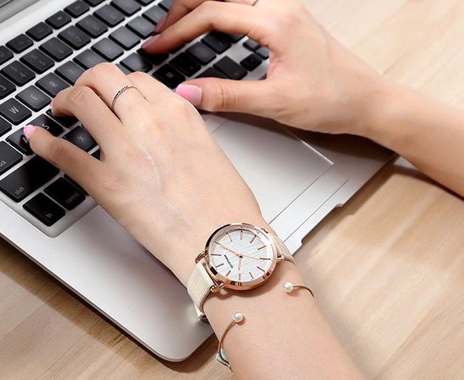 Delikatny zegarek damski GeekThink złoty • Arena.pl